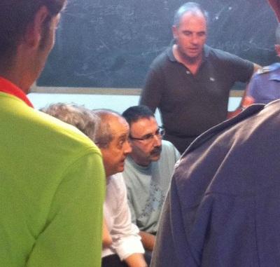 Moments de tensió en la primera reunió del centre de comandament amb el Conseller Felip Puig
