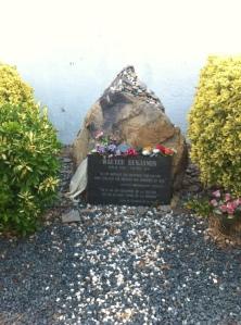 La tomba-homenatge a Walter Benjamin